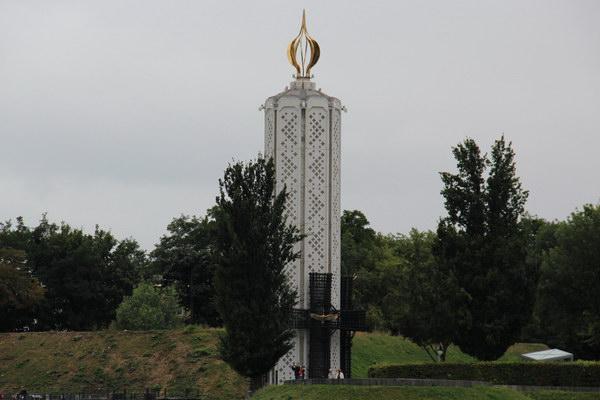 пам'ятник жертвам голодомору 1921-22 рр.