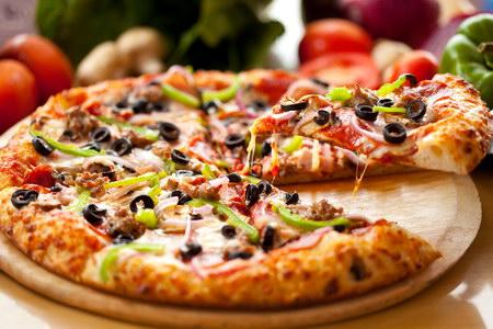 доставка піци у Львові